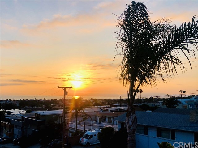 846 18th Street, Hermosa Beach, California 90254, 3 Bedrooms Bedrooms, ,2 BathroomsBathrooms,For Sale,18th,SB19139877