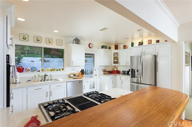 2420 23rd Street, Newport Beach, California 92660, 3 Bedrooms Bedrooms, ,2 BathroomsBathrooms,Residential Purchase,For Sale,23rd,NP21227042