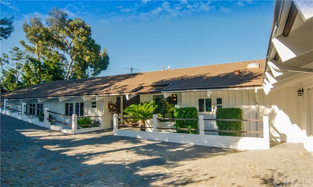 25 Georgeff Road, Rolling Hills, California 90274, 4 Bedrooms Bedrooms, ,3 BathroomsBathrooms,For Sale,Georgeff,PV18073308