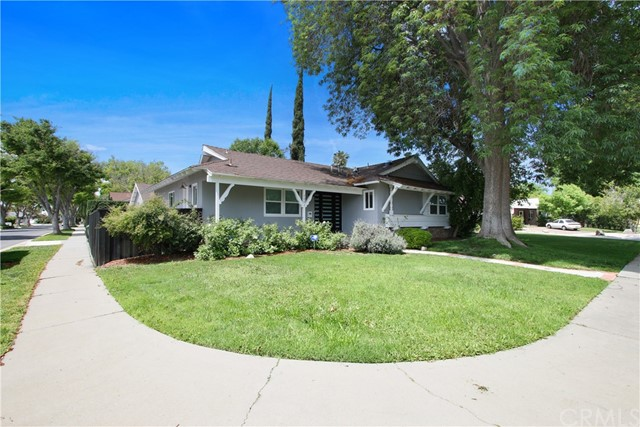 7001 Vicky Avenue, West Hills, CA 91307