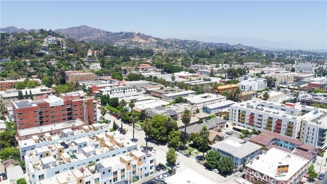 30. 5627 W Observation Lane Los Angeles, CA 90028