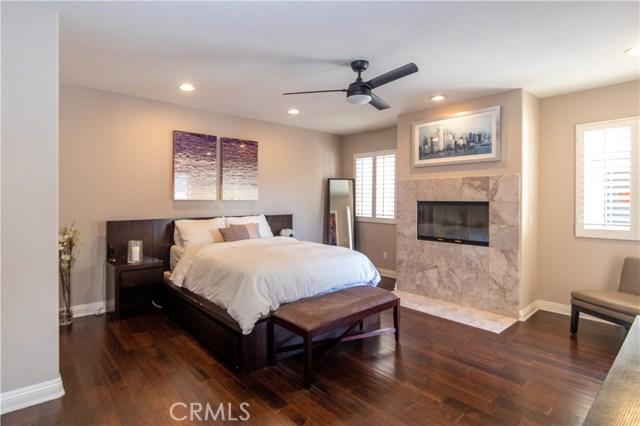 1129 Cypress Avenue, Hermosa Beach, California 90254, 4 Bedrooms Bedrooms, ,2 BathroomsBathrooms,For Sale,Cypress,SB20211867