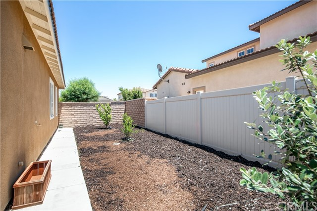 26. 32331 Clear Springs Drive Winchester, CA 92596