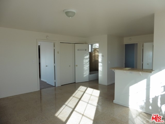 5075 Kickapoo Tr, Landers, CA 92285 Photo 7
