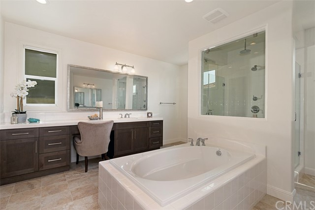 Master Suite #1 Bath
