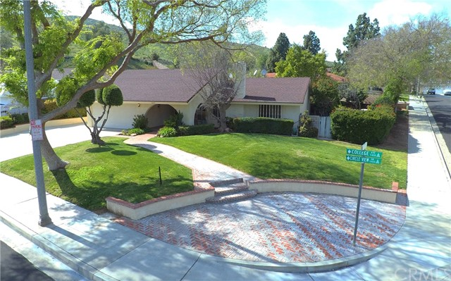 5490 Circle View Drive, Riverside, CA 92505
