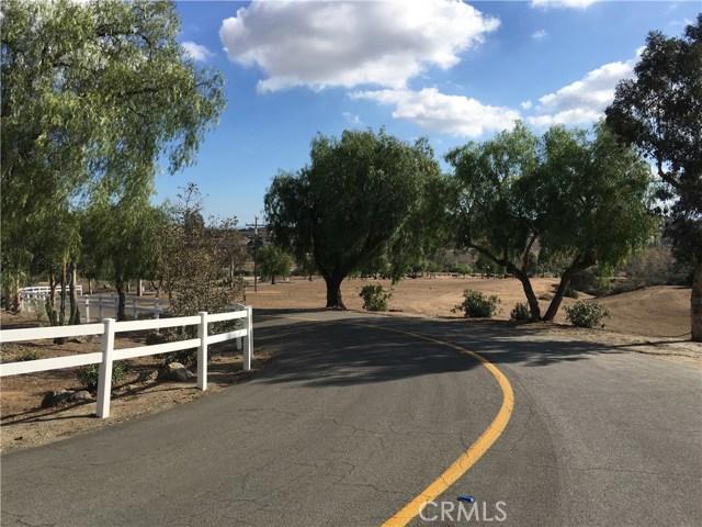 22975 Sky Mesa Rd, Juniper Flats, CA 92548 Photo 2