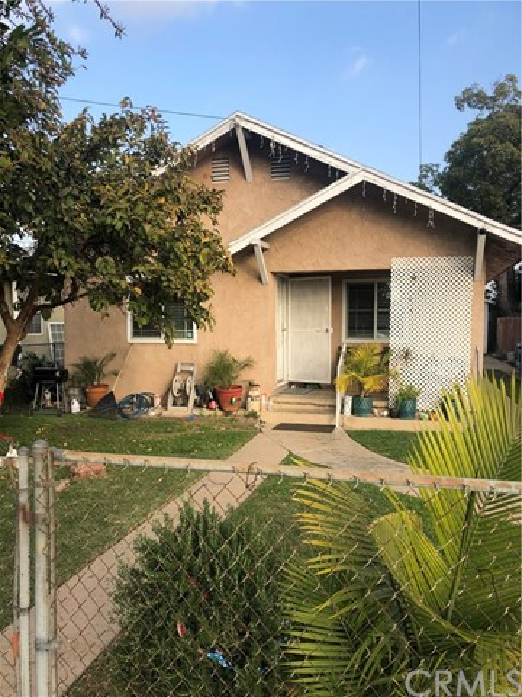 8204 Crockett Boulevard, Los Angeles, CA 90001
