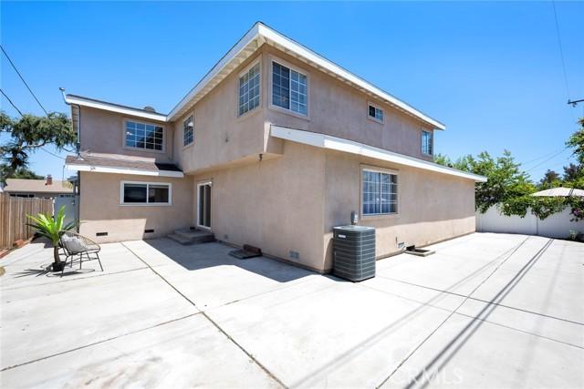 43. 1005 S Woods Avenue Fullerton, CA 92832