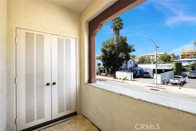 634 E Walnut St, Pasadena, CA 91101 Photo 12