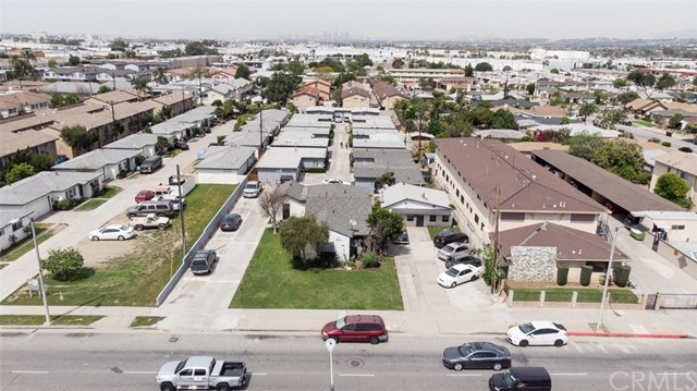 Great investment opportunity to purchase a bungalow style single story 17 unit multi family apartment building situated on a huge 40,740 SF lot. Prime Montebello Area. Close to transportation, bus and metro link. NO vacancies, no unpaid rents, 100% occupied, plenty of parking spaces and garages.  9 buildings, great unit mix, one house 3 bedrooms/2 baths, one car garage and one parking space, 13 units 2 bedrooms/1 bath each with an attached one car garage and one parking space, and 3 units 1 bedroom/ 1 bath with one parking space. Each unit has it's own yard, common area laundry facility and an on site manager. Marketable rent, high cap, low maintenance, easy to manage, and separate utility meters.  Also an excellent investment and development opportunity for a 1031 exchange Buyer.