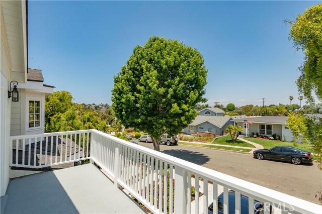 1346 1st Street, Manhattan Beach, California 90266, 4 Bedrooms Bedrooms, ,3 BathroomsBathrooms,For Sale,1st,SB20126965