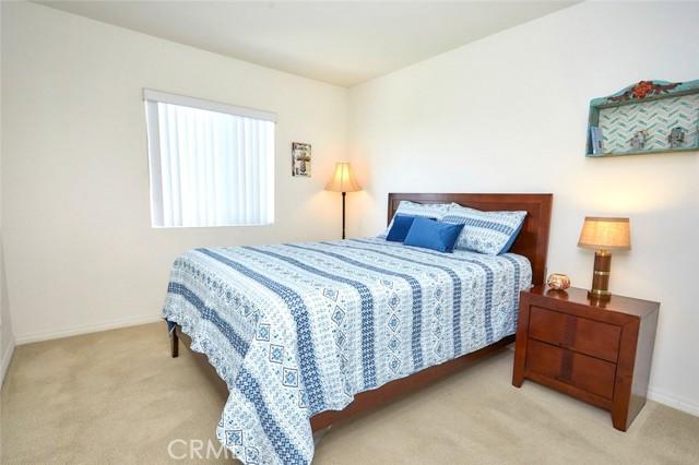 8443 Fillmore Ct, Oak Hills, CA 92344 Photo 38