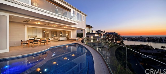 301 Carnation Avenue | Corona del Mar South of PCH (CDMS) | Corona del Mar CA