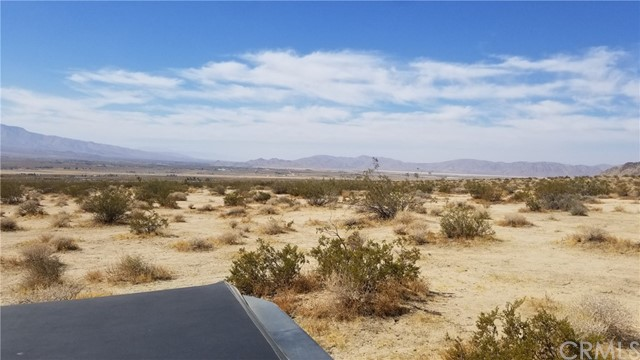 104 Verde Rd, Lucerne Valley, CA 92356 Photo 3