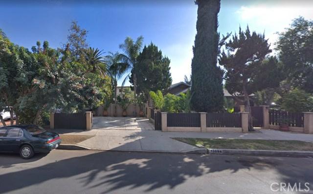 13694 Erwin Street, Van Nuys, CA 91401