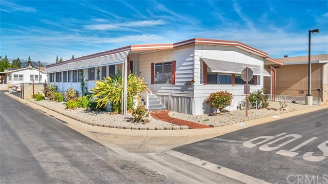1245 W Cienega Avenue, San Dimas, CA 91773