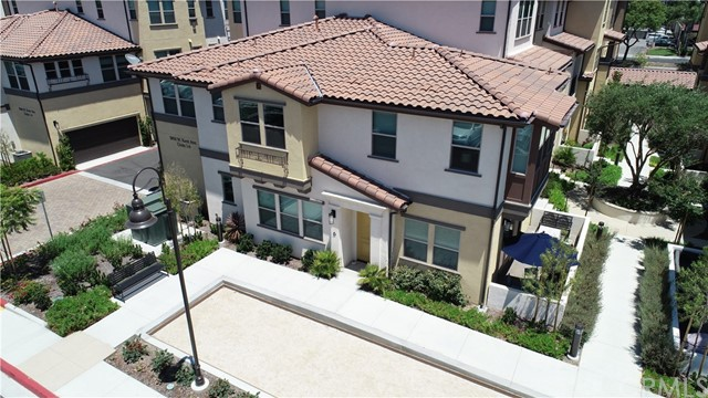 3850 W Kent Avenue 6, Santa Ana, CA 92704