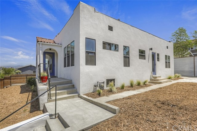 712 N Bonnie Brae Street, Echo Park, CA 90026