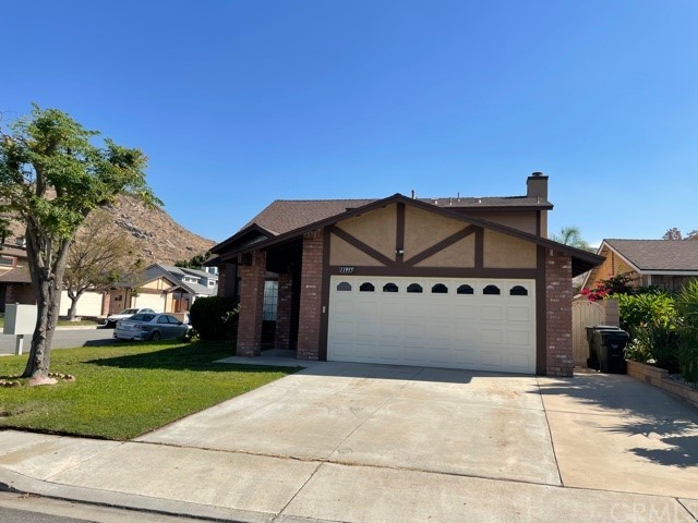11955     Rockridge Drive, Fontana CA 92337
