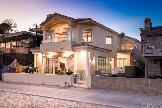 1116 W Oceanfront, Newport Beach, CA 92661