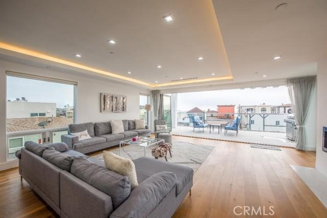 60 Hermosa Avenue, Hermosa Beach, California 90254, 3 Bedrooms Bedrooms, ,3 BathroomsBathrooms,For Rent,Hermosa,SB21043684