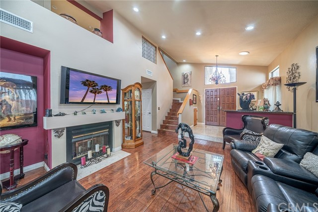 5321 W 136th Street, Hawthorne, CA 90250