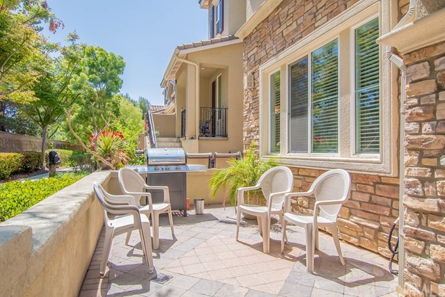 40074 Spring Place Ct, Temecula, CA 92591 Photo 3