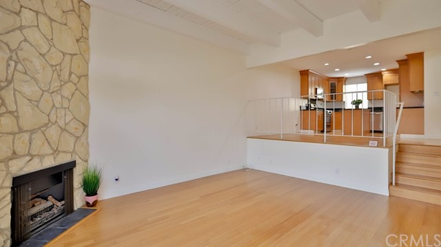 2520 Ruhland Avenue D, Redondo Beach, California 90278, 2 Bedrooms Bedrooms, ,1 BathroomBathrooms,For Sale,Ruhland,PW20205567