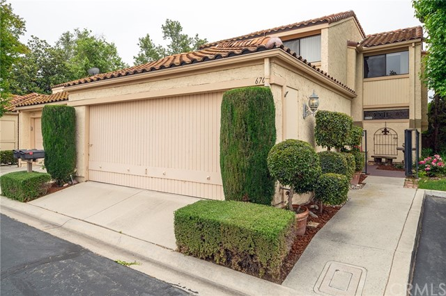 670 Colonial Circle, Fullerton, CA 92835