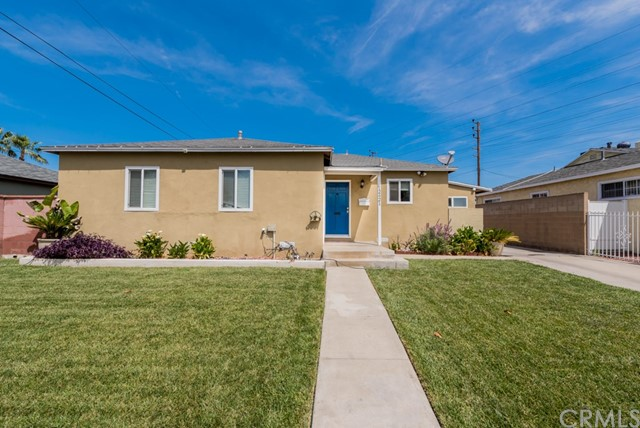 12421 Stagg Street, North Hollywood, CA 91605