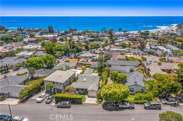 18. 575 Blumont Street Laguna Beach, CA 92651