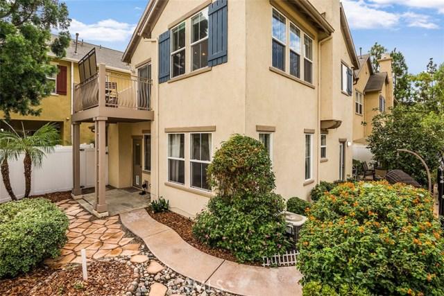 7 Burlingame, Irvine, California 92602, 2 Bedrooms Bedrooms, ,2 BathroomsBathrooms,Townhouse,For Sale,Burlingame,PV18245149