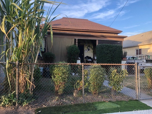 1040 W 2nd Street, San Bernardino, CA 92410