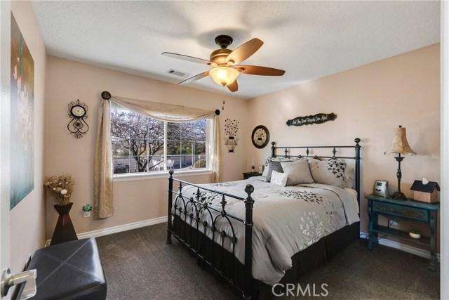 10260 Whitehaven St, Oak Hills, CA 92344 Photo 32