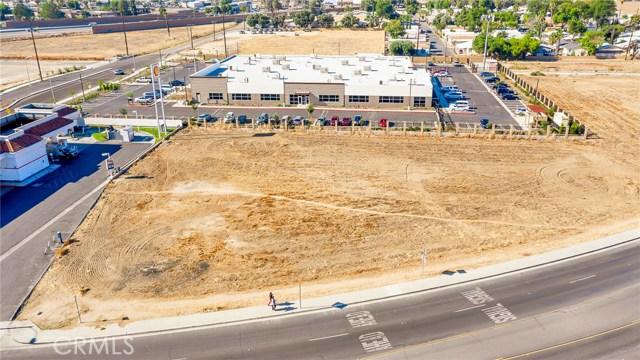 202 Redlands Avenue, Perris, CA 92570