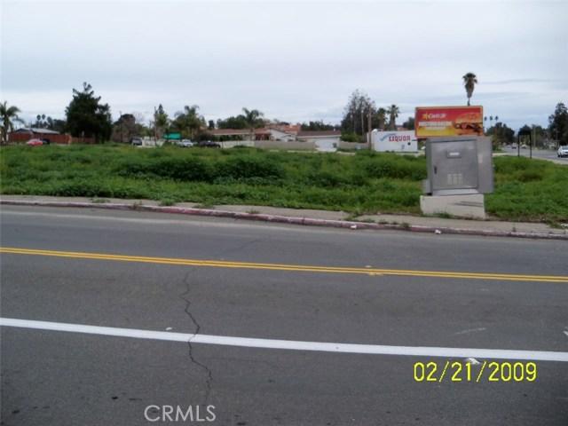 36 Lakeshore Drive, Lake Elsinore, CA 92530