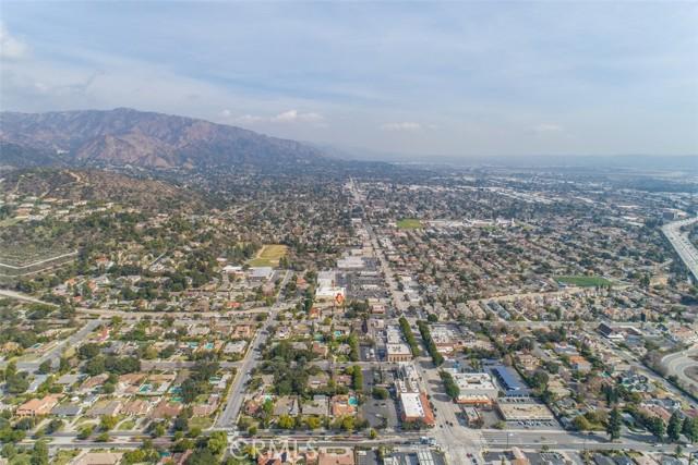 地址: 1120 Highland Oaks Drive, Arcadia, CA 91006