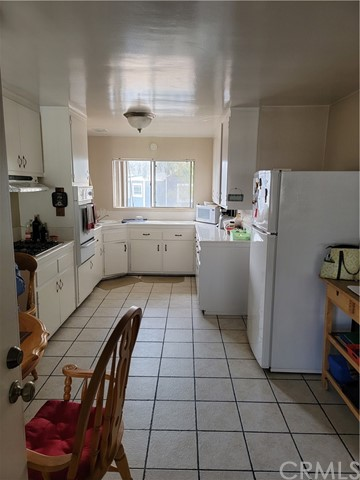 Kitchen in one of back units