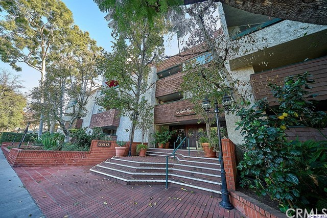 360 S Euclid Avenue 319, Pasadena, CA 91101