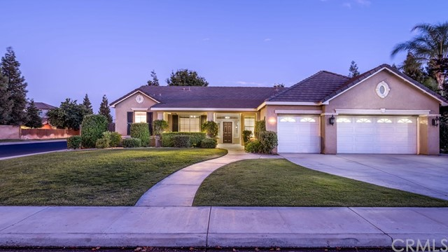 12703 Monterey Beach Drive, Bakersfield, CA 93311