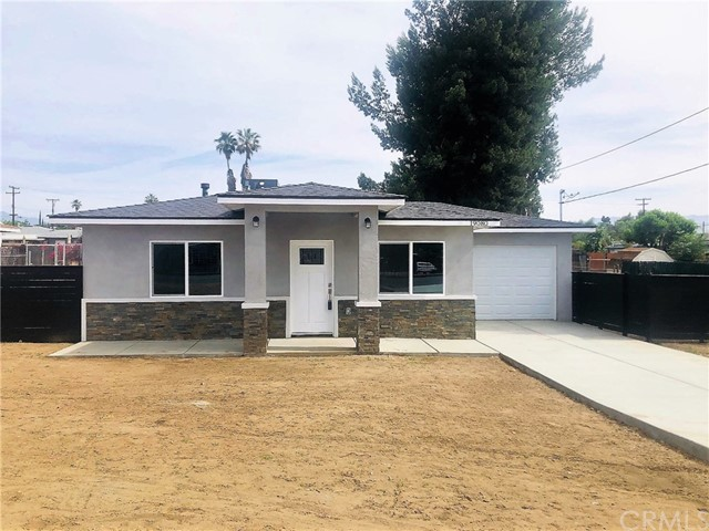 19080 Santa Ana Avenue, Bloomington, CA 92316