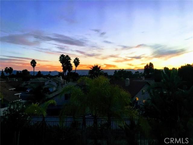 27371 Desert Willow Street, Murrieta CA: https://media.crmls.org/medias/f0927188-5895-4f98-ba98-13161ea63e62.jpg