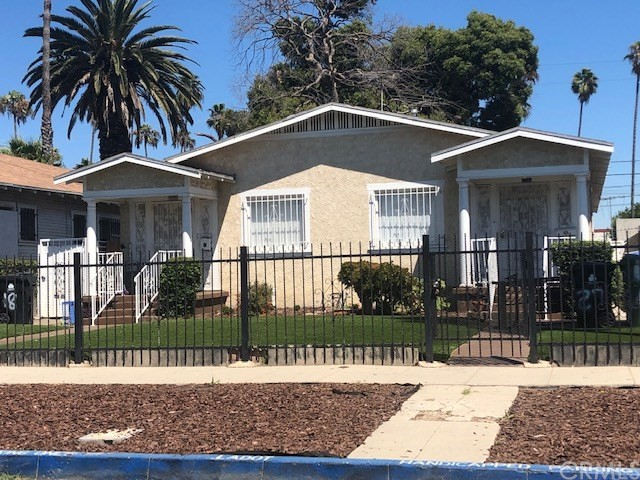 5718 S St Andrews Place, Los Angeles, CA 90062