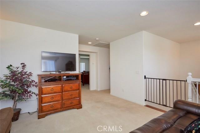 8443 Fillmore Ct, Oak Hills, CA 92344 Photo 22