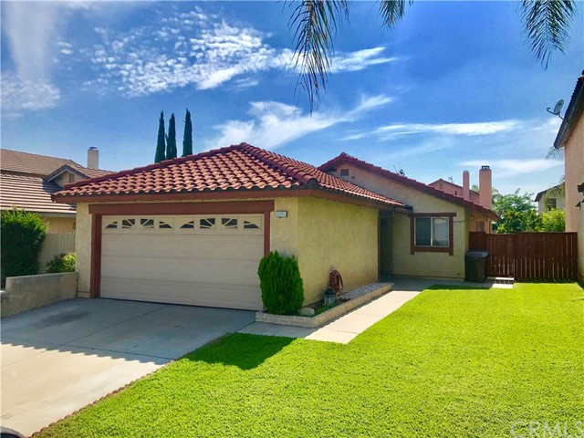 1385 Candleberry Road, Colton, CA 92324