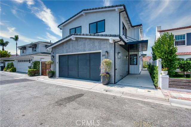 209 Via Mentone, Newport Beach, CA 92663
