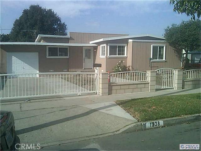 1338 S Spruce Street, Santa Ana, CA 92704