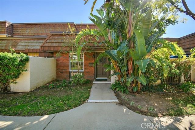 10469 Larwin Avenue 4, Chatsworth, CA 91311