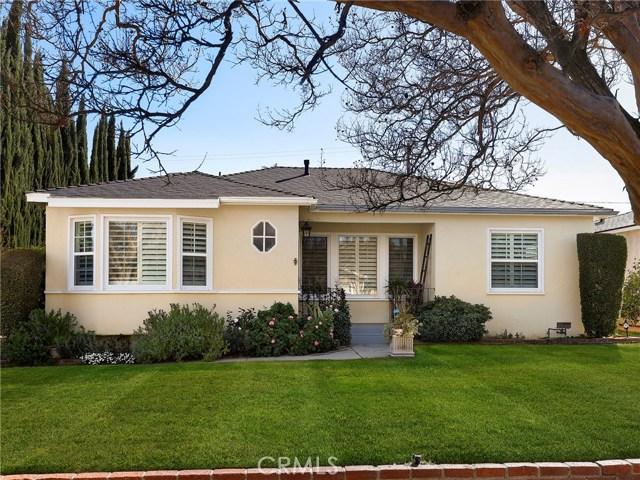 16834 Margate Street, Encino, CA 91436